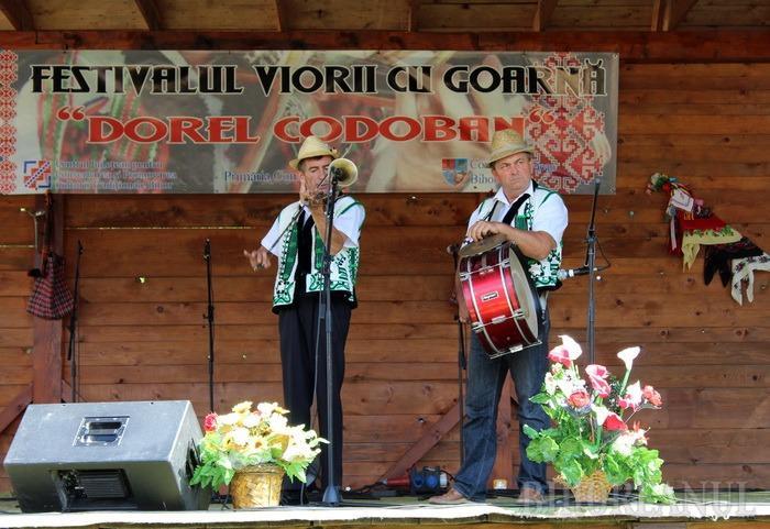 Highidişii bihoreni, invitaţi la Festivalul-concurs Dorel Codoban de la Roşia