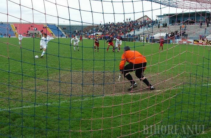 CS Oşorhei evoluează vineri pe teren propriu, iar Luceafărul Oradea sâmbătă în deplasare