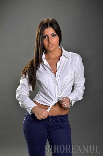 Fata de la Sport (FOTO)