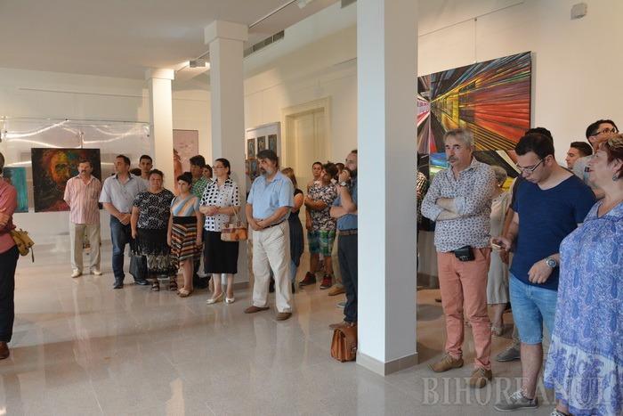 Gala diplomelor: Orădenii pot vedea creaţiile absolvenţilor Facultăţii de Arte (FOTO/VIDEO)