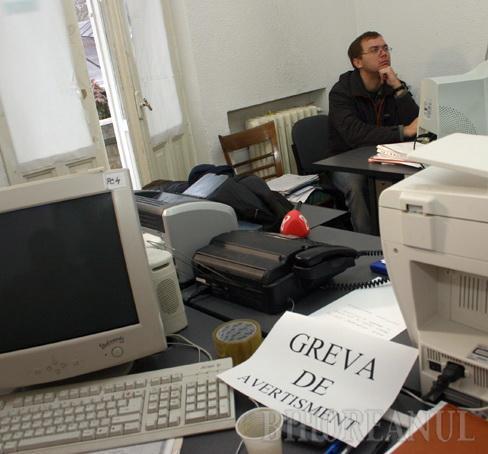 Doar 200 de funcţionari publici din Bihor au fost în grevă