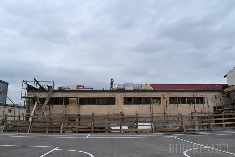 Internatul Colegiului Tehnic Traian Vuia, reabilitat integral. Urmează modernizarea atelierelor în care se pregătesc viitorii meseriaşi (FOTO / VIDEO)