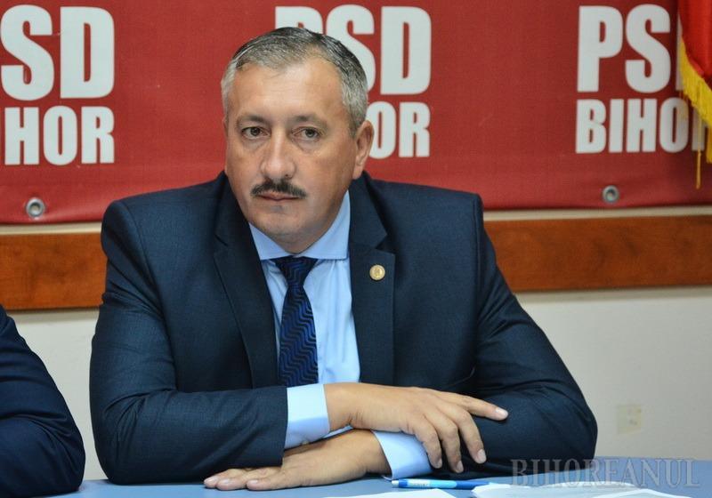 Deputatul pokerist: Deputatul PSD-ist Sorin Ioan Roman, mai preocupat de… păcănele