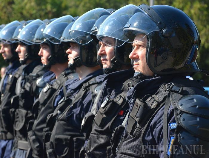 Nu vă speriaţi! Echipaje speciale pe străzile Oradiei, pentru descurajarea teroriştilor