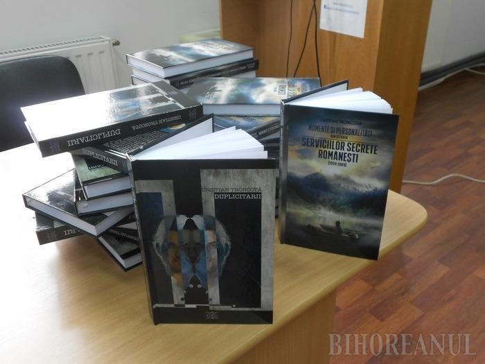 Lecţie despre adevărurile ascunse. La Biblioteca Judeţeană au fost lansate noi volume de istorie (FOTO)