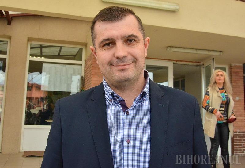 Bătaie pe primari: PNL Bihor vrea să racoleze primari de la PSD
