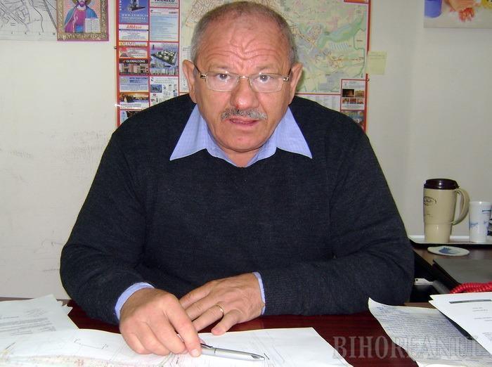Pătcaş cel nărăvaş: Şeful Biroului Drumuri şi Poduri din Primărie a ieşit la pensie