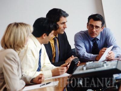 Notarii români, de 14 ori mai scumpi