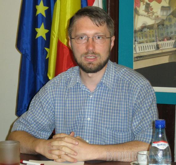 Szabo Odon: Dacă Boc îşi angajează răspunderea pe reorganizarea judeţelor, UDMR Bihor votează pentru căderea Guvernului