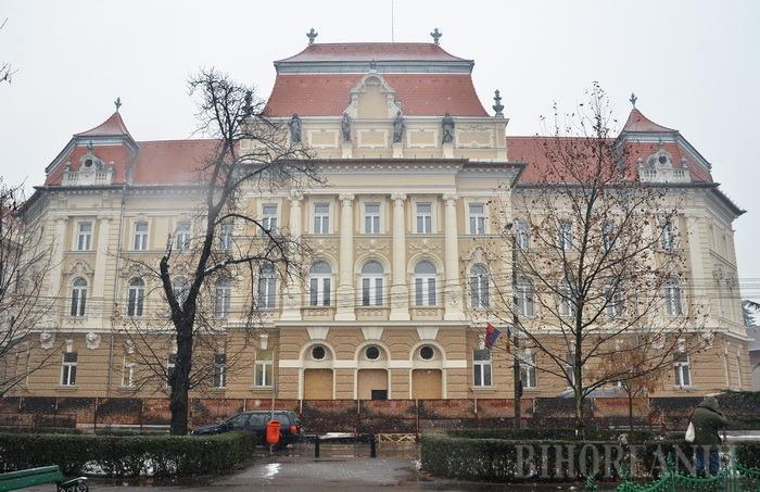 Palatul de Justiţie, o bijuterie de aur: Imagini din interiorul clădirii restaurate (VIDEO)