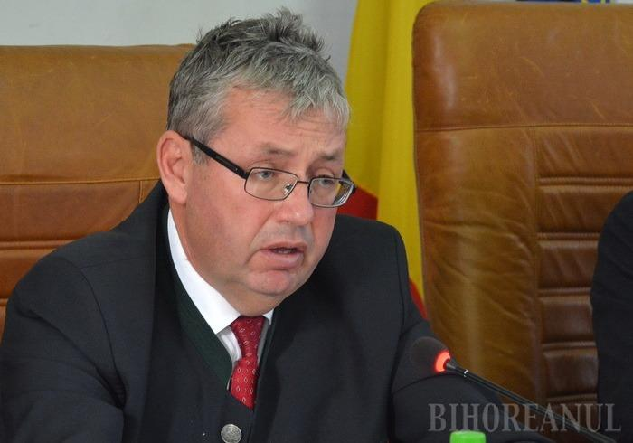 Strategie la pământ: Proiectul strategic pe sănătate în Bihor e făcut de mântuială