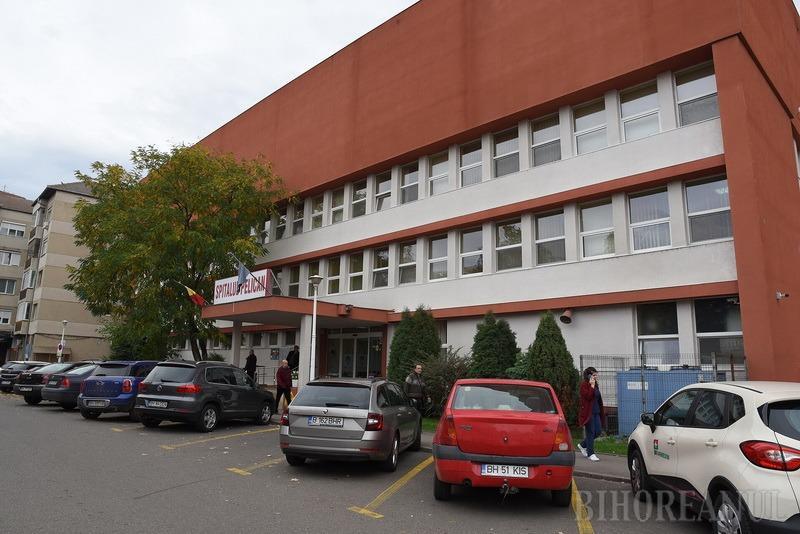 În plină criză Covid-19, Spitalul Pelican din Oradea şi-a deschis secţie de pediatrie, care oferă inclusiv consultanţă gratuită telefonic şi online
