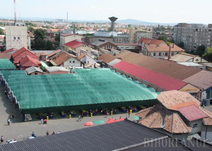 ADP Oradea instalează paratrăsnet în Piaţa Cetate
