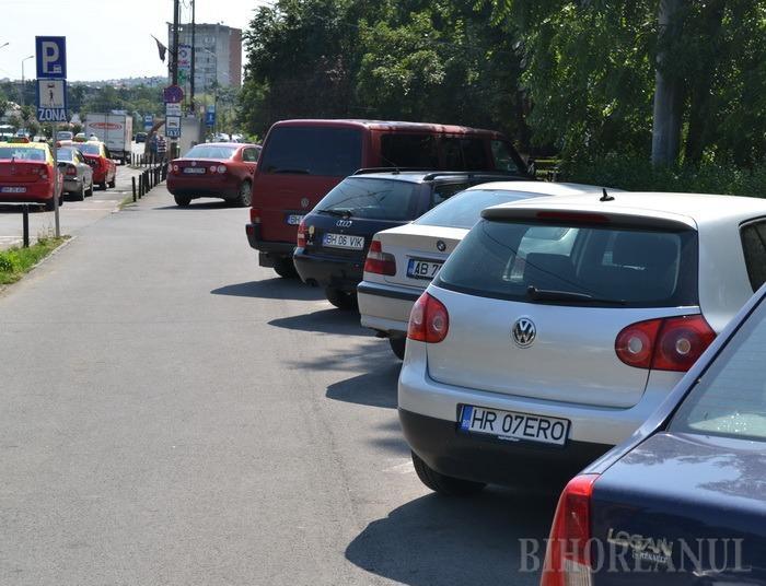 Primăria vrea să amendeze şoferii de la 1 august, dar pe lege nu are voie!