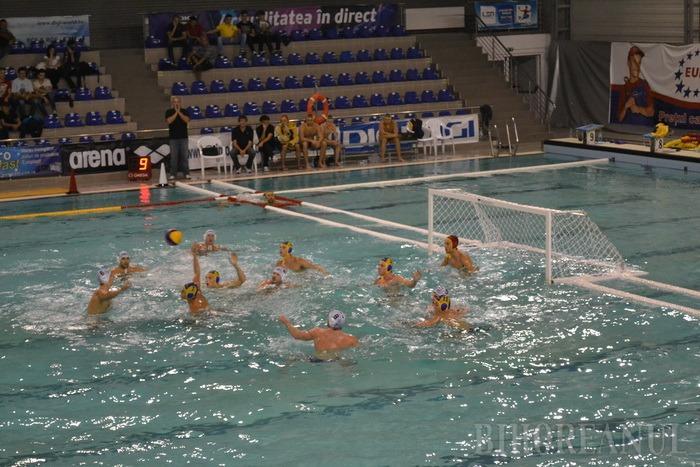 Poloiştii de la CSM Digi s-au impus în meciurile din deplasare cu Dinamo, cu scorurile de 11-8 şi 9-8
