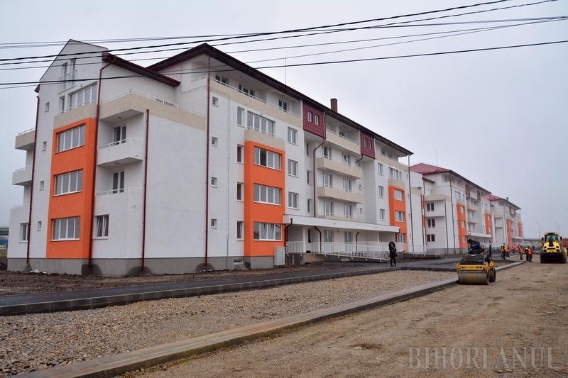 Blocurile ANL din Calea Aradului au fost preluate cu strada Balogh Istvan în plin şantier (FOTO/VIDEO)