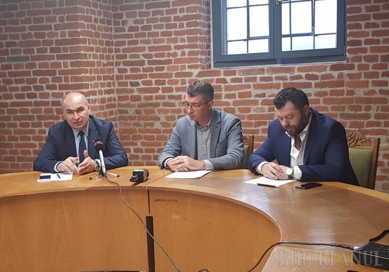 Oradea vrea să devină oraşul IT: Primăria anunţă burse pentru liceeni şi studenţi, facilităţi şi fonduri nerambursabile pentru tineri antreprenori în domeniu