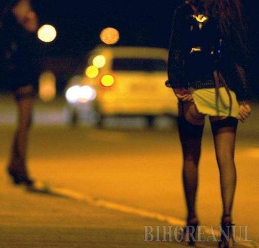 Prostituate ridicate de pe stradă şi duse la analize de sânge