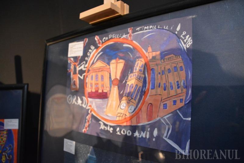 Capsula timpului: Gânduri despre Oradea secolului viitor, dar şi obiecte din oraşul zilelor noastre, vor fi îngropate în curtea Muzeului Ţării Crişurilor (FOTO)