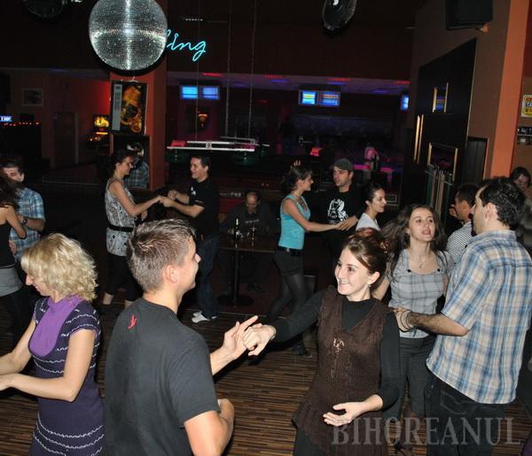Feeling Dance sărbătoreşte 10 ani de existenţă cu petreceri salsa şi invitaţi de marcă