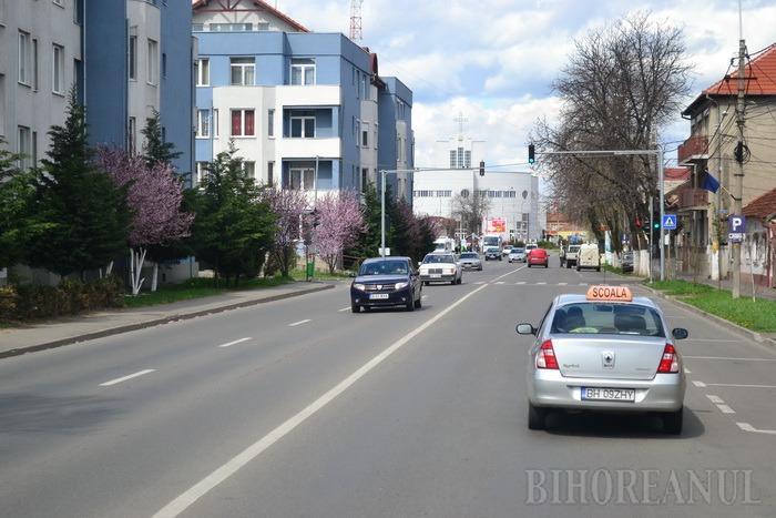 De la finele acestei săptămâni se filmează şi în Bihor susţinerea probei de traseu pentru obţinerea permisului de conducere