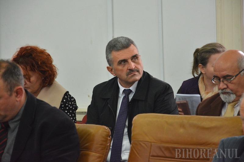 Nu se lasă! Consiliul Judeţean l-a detaşat din nou pe Călin Puia, punându-l director adjunct la Direcţia Tehnică (FOTO)