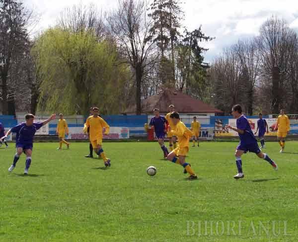 Selecţionata bihoreană de fotbal U 16, aproape de calificarea în sferturile Campionatului Naţional