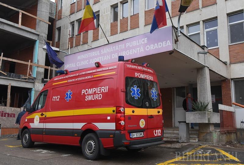 Doi copii din Oradea, de 4 respectiv 5 ani, salvaţi de SMURD după ce s-au intoxicat în casă cu monoxid de carbon