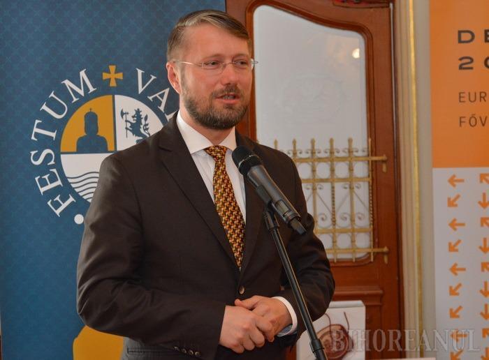 Poftim, cultură! UDMR-istul Szabó Ödön, iniţiator al unei legi favorabile puşcăriaşilor