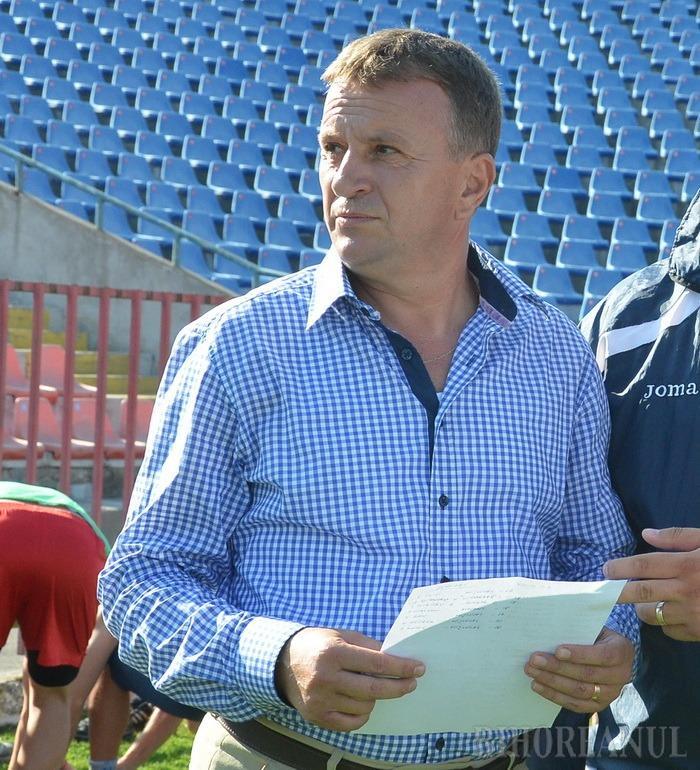Viorel Nemeş şi-a început activitatea de analiză a clubului FC Bihor