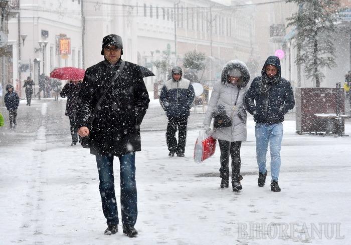 Alertă meteo pentru nord-vestul ţării: Vin ninsorile!