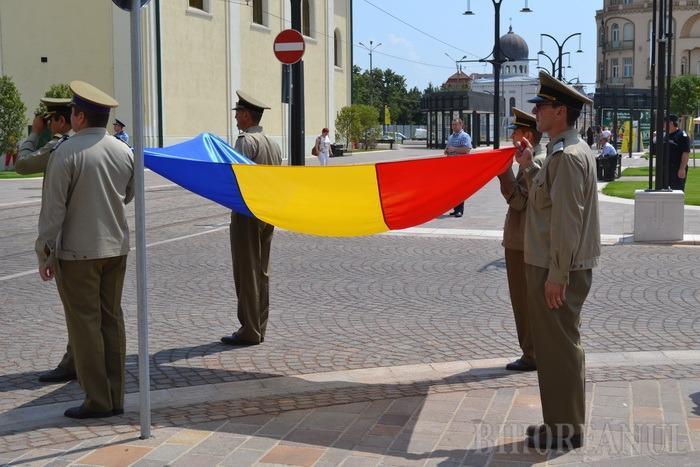 Luni se sărbătoreşte Ziua Drapelului în centrul oraşului. Traseele autobuzelor 12 şi 14 vor fi deviate