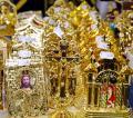 Candela care sfidează gravitaţia, patrafir cu cristale Swarovski şi vin de Santorini, la Catholic Expo (FOTO)