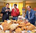 Primul târg de achiziţii desfăşurat în Bihor între Real România şi producătorii locali (FOTO)
