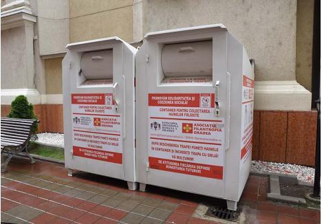 RECUPERARE PRIN DONARE. Cea mai simplă modalitate de a preveni ca hainele să devină gunoaie este donarea lor către nevoiaşi. În Oradea există zeci de containere în care orădenii pot lăsa altora hainele la care vor să renunţe
