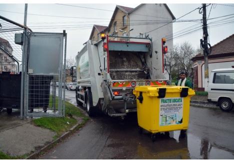 FRACŢIA USCATĂ, UN CHILIPIR! Ca să încurajeze orădenii să colecteze selectiv deşeurile, operatorul licenţiat RER Ecologic Service le colectează şi le transportă gratuit pe cele reciclabile