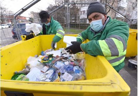 SEPARAT. Orădenii pot fi amendaţi dacă nu colectează deşeurile separat. Regulamentul local de salubritate prevede că gunoaiele trebuie sortate în trei fracţii: reciclabile, biodeşeuri şi resturi reziduale