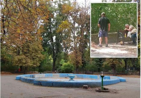VECHITURĂ. Fântâna din parc nu mai funcţionează de ani buni, dar Primăria nici nu şi-a pus problema să o repare. Orădenii o ocolesc, mai cu seamă că băncile din jurul ei sunt cel mai adesea ocupate de boschetari, care au transformat locul în WC public