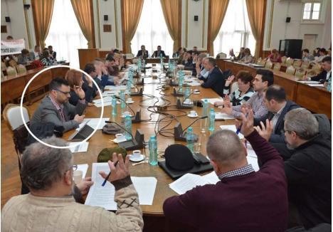 VERIGĂ SLABĂ. Consilierii PSD vor să ceară anularea bugetului oraşului pe considerentul că a fost votat şi de consilierul Romeo Ionescu