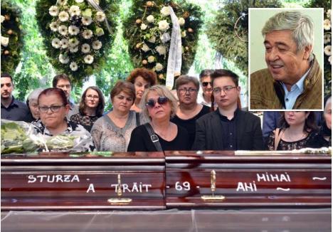 """PREZENT! Cel de-al patrulea şef al administraţiei locale de după 1989 a fost condus pe ultimul drum de foşti colaboratori şi prieteni. """"Cam toată lumea care a însemnat ceva în Oradea este aici"""", zicea un liberal la ceremonia funerară pentru Mihai Sturza"""
