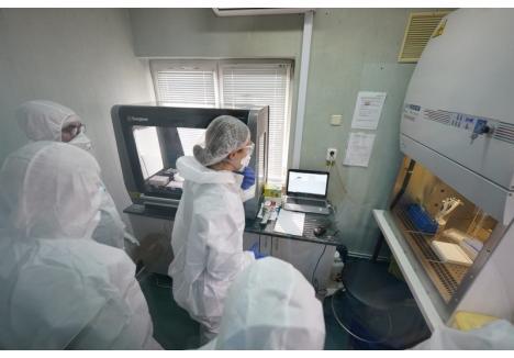 Primul aparat de testare a suspecților de coronavirus (foto) a ajuns la Oradea cu ajutorul donațiilor
