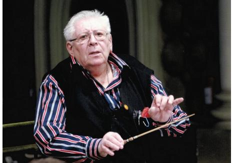 Dirijorul Ilarion Ionescu-Galaţi (foto: lapasprinbrasov.ro)