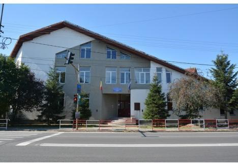 Şcoala Gimnazială din Sânmartin (foto) se transformă în Liceul Tehnologic Felix