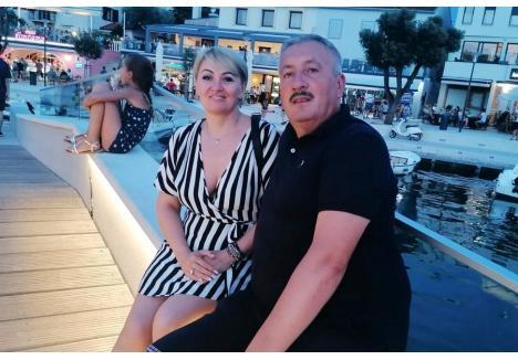 Soţii Alexandra şi Ioan Sorin Roman (foto) s-au izolat unul de altul acum, după ce femeia a fost infectată cu Covid-19 (sursa foto: Facebook)