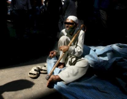 """Ieri cerşetor, azi primar: locuitorii unui sat indian au ales primar un """"homeless"""""""