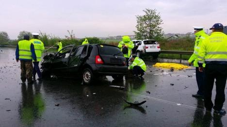 Accident grav pe centură, între un BMW X5 și un Renault Clio: O tânără a decedat, iar o alta a rămas încarcerată (FOTO / VIDEO)