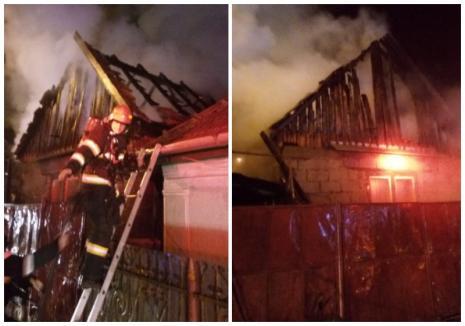 Weekend de foc, în Bihor: Trei case şi o magazie de lemne au fost distruse de flăcări