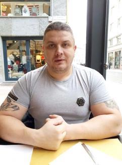 Golani... pe internet: Interlopul orădean Romi Neguș şi naşul său Mircea Nebunu', liderul Clanului Sportivilor, îşi reglează conturile online (FOTO / VIDEO)