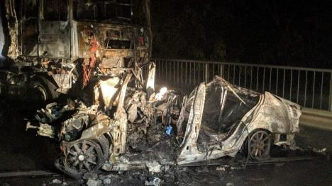 Cauza accidentului de la Gheghie: viteza prea mare a şoferului de BMW. Cei trei morţi sunt tineri de 20 şi 24 de ani, din Bihor (FOTO)