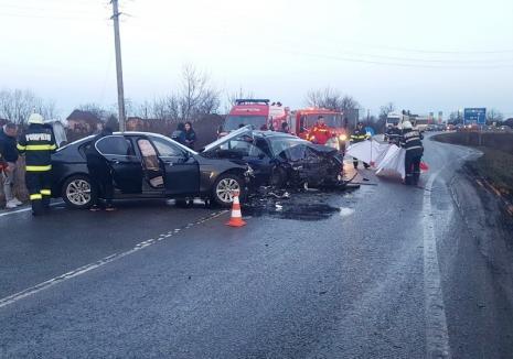 Cauza accidentului de lângă Gepiu: Şoferul BMW-ului, cu permisul suspendat, conducea pe contrasens, izbind un VW!